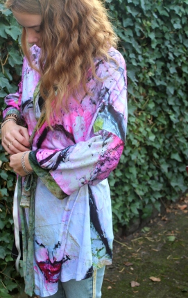 Kimono Balinees Meisje (lengte 83 cm)