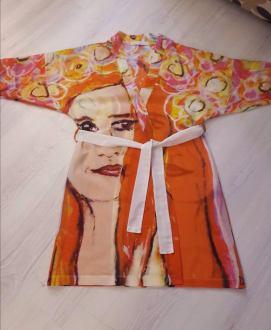 *Kimono Rode vrouw (katoen/zijde) (verkocht)